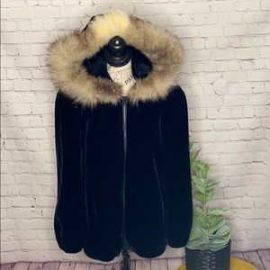 Gloria Vanderbilt vintage Glenoit faux fur union